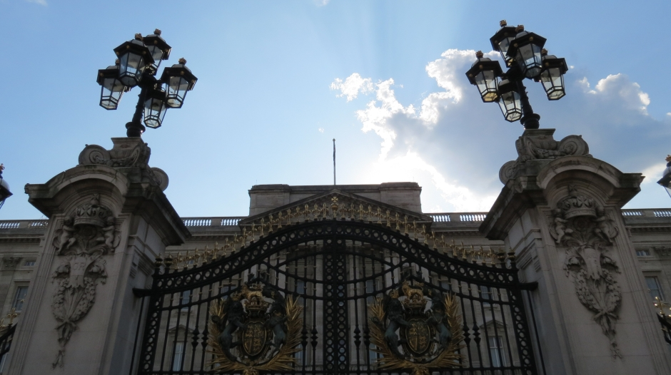 The exterior of the from gates at Buckingham Palace in London, England.